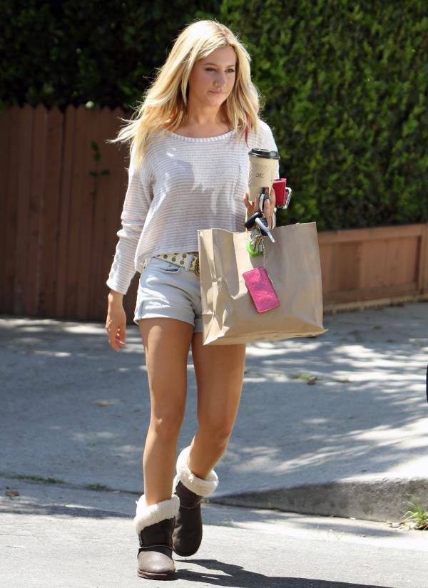 tisdale-ugg-boots (6)